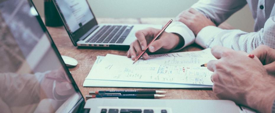 【週5/フルタイム】「高い水準で目標達成する風土」を顧客に根付かせる。営業コンサルティングを担当するセールスを募集!