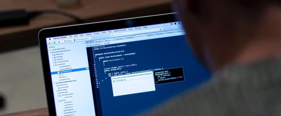 【リモート可能/HTML/CSS/JavaScript】コードレビューを中心にフロントエンドコーディングをしていただく、フロントエンジニアを募集!
