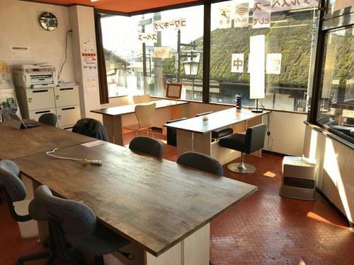 長野県千曲市にあるコワーキングスペース コワーキングスペース&カフェ「アルゴット戸倉」