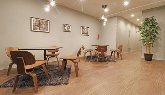 東京都港区にあるコワーキングスペース THE OFFICE 田町三田 アセットデザイン(ザ・オフィス)