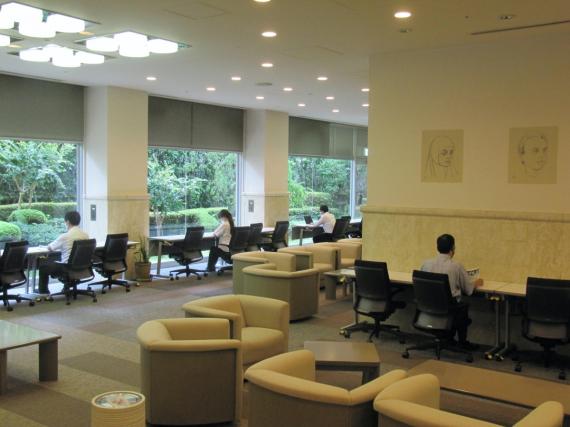大阪府大阪市住吉区にあるコワーキングスペース AOTS関西研修センター