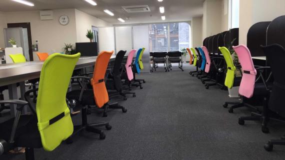 兵庫県明石市にあるコワーキングスペース コワーキングスペース&シェアオフィスAreaDrive(エリアドライブ)
