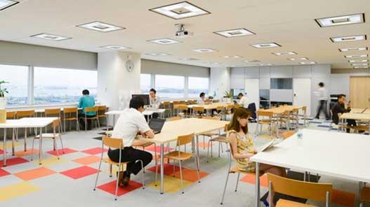 東京都江東区にあるコワーキングスペースMONO(モノ)
