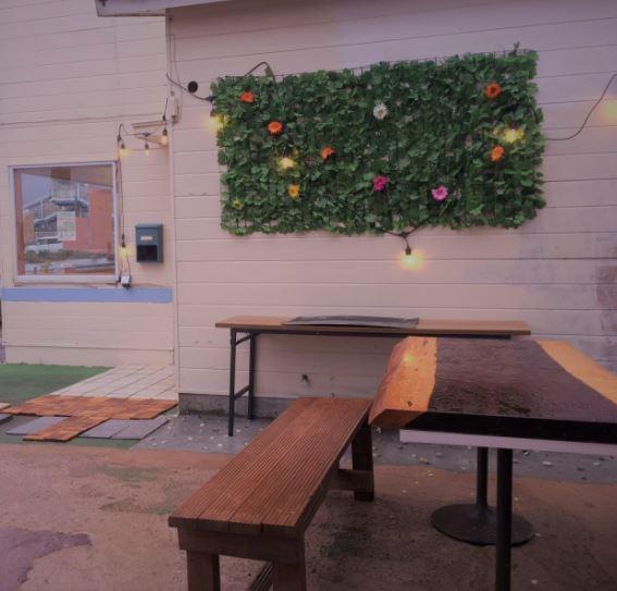 千葉県夷隅郡御宿町にあるコワーキングスペース GOOD NEIGHBORS(グッド ネイバーズ)