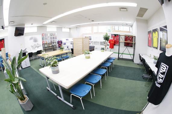 東京都中央区にあるコワーキングスペース FROMONE S.C. FROMONE SPORTS BASE