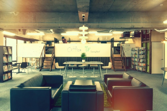 埼玉県さいたま市大宮区にあるコワーキングスペース コワーキングスペース7F(コワーキングスペースナナエフ)