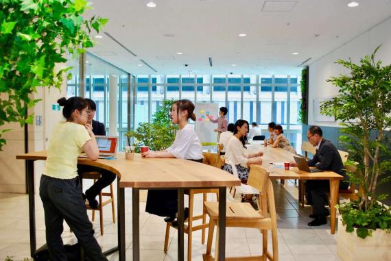東京都中央区にあるコワーキングスペース WASEDA NEO