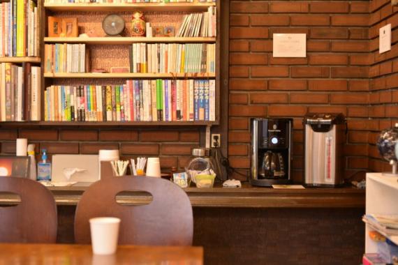 東京都小平市にあるコワーキングスペース カメラのヤマヤ内 カフェスペース