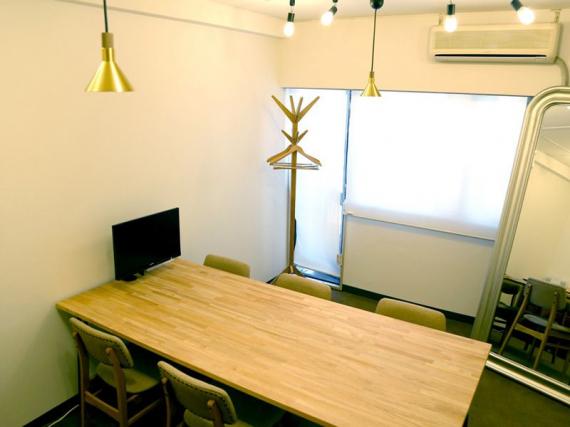 福岡県福岡市中央区にあるコワーキングスペース ワンストップビジネスセンター福岡天神店