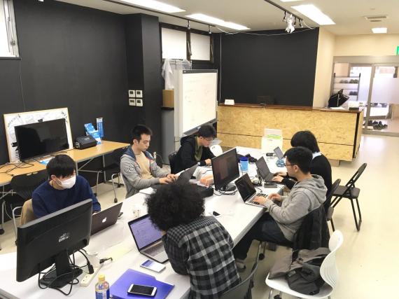 北海道函館市にあるコワーキングスペース MIRAI BASE(ミライベース)