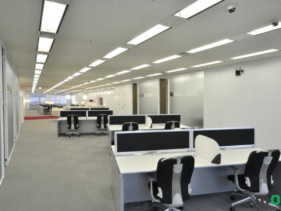 東京都新宿区にあるコワーキングスペース moboff SHINJUKU i-LAND(モバフ 新宿アイランド)