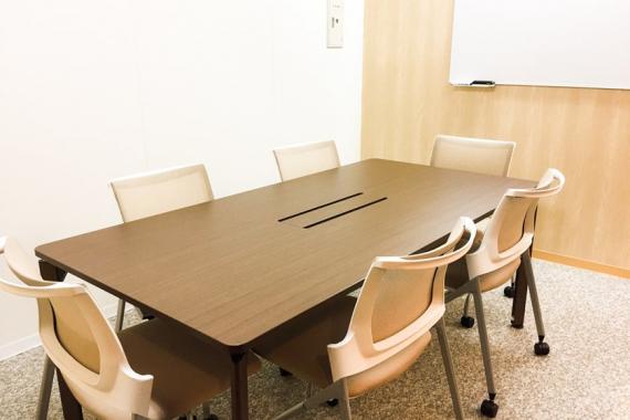 東京都港区にあるコワーキングスペース MY BASIC OFFICE  虎ノ門(マイ ベーシック オフィス)