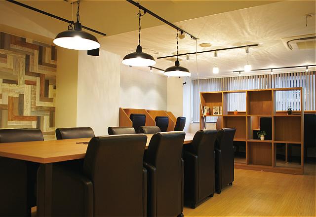 宮城県仙台市青葉区にあるコワーキングスペース 勉強カフェ 仙台一番町スタジオ