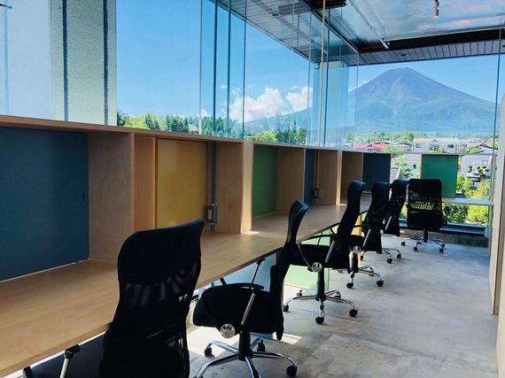 山梨県富士吉田市にあるコワーキングスペース anyplace.work 富士吉田