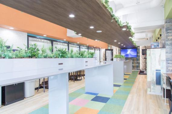東京都千代田区にあるコワーキングスペース Connect-Lounge神田(コネクト ラウンジ)
