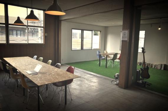 長野県伊那市にあるコワーキングスペース Social coworking DEN(ソーシャルコワーキング・デン)