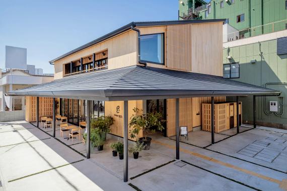和歌山県田辺市にあるコワーキングスペース tanabe en+(タナベ エンプラス)